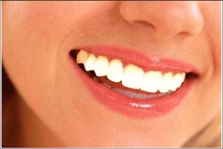 Cách làm trắng răng trong photoshop